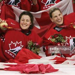 Photo - Olympiques Kim St-Pierre & Charline Labonté