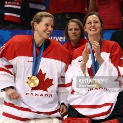 Photo - Olympiques Vancouver - Kim St-Pierre & Charline Labonté